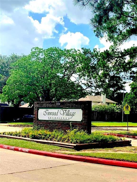 7200 T C Jester Boulevard #31 Property Photo