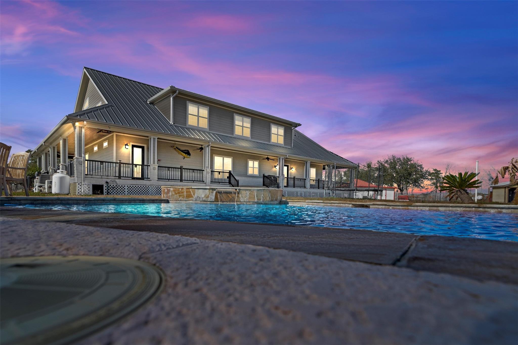 2899 Emma Lane Property Photo - Alvin, TX real estate listing