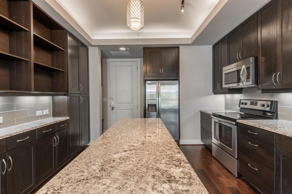 2303 Mid Lane #804, Houston, TX 77027 - Houston, TX real estate listing
