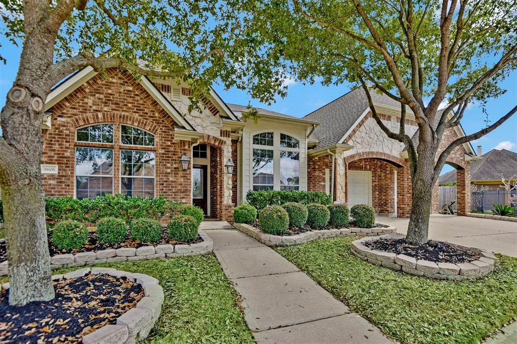8606 Country Brook Court Property Photo - Houston, TX real estate listing