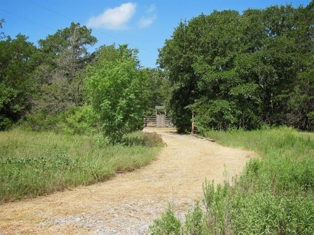 7501 Vista Ranch Road, Smithville, TX 78957 - Smithville, TX real estate listing