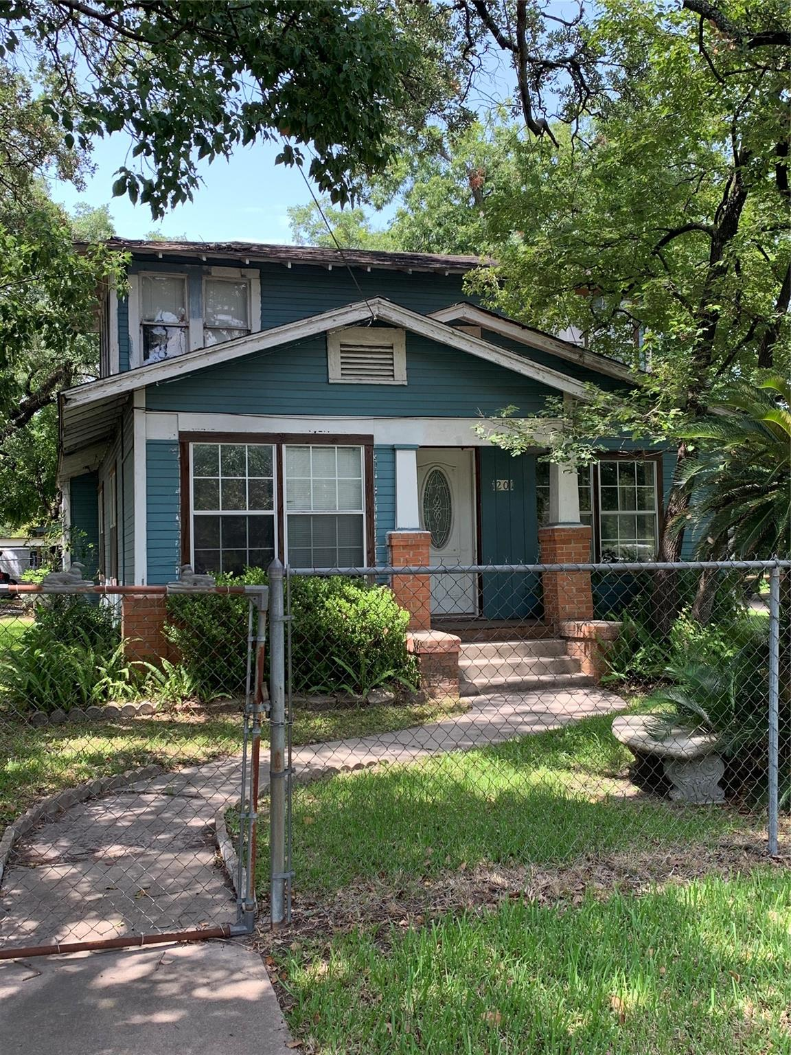 6410 Cochran Street Property Photo - Houston, TX real estate listing