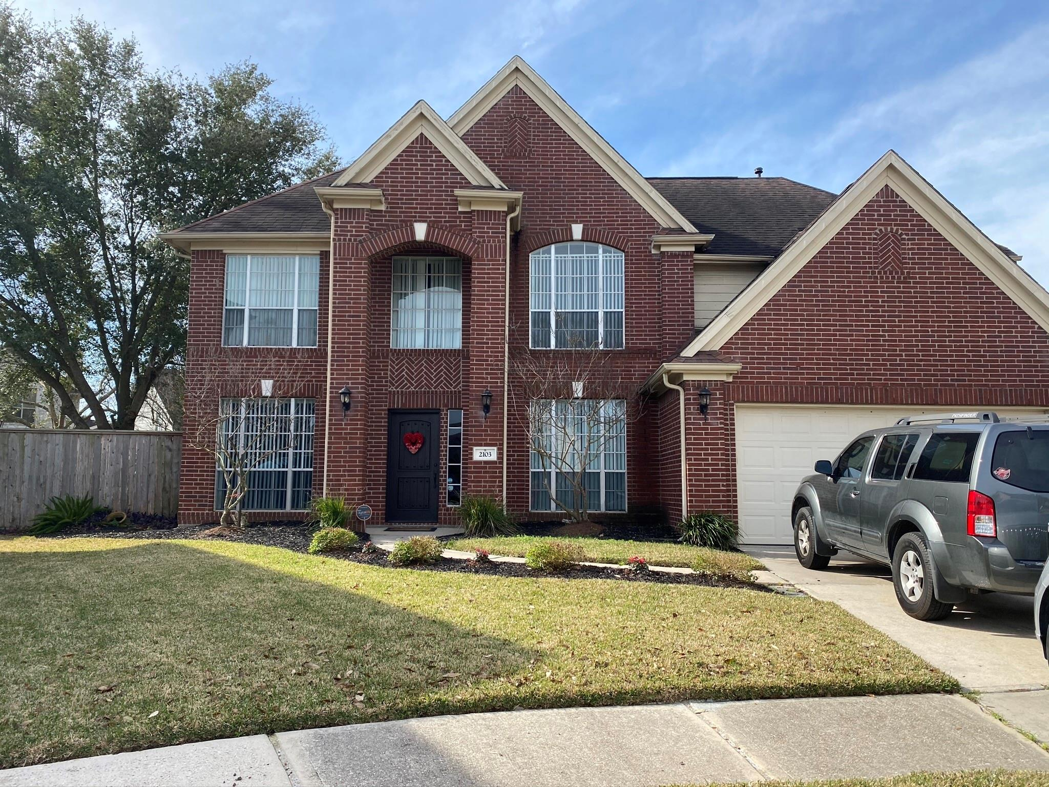 2103 Laurel Forest Way Property Photo - Houston, TX real estate listing