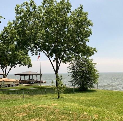 171 W Lake Circle Property Photo - Point Blank, TX real estate listing