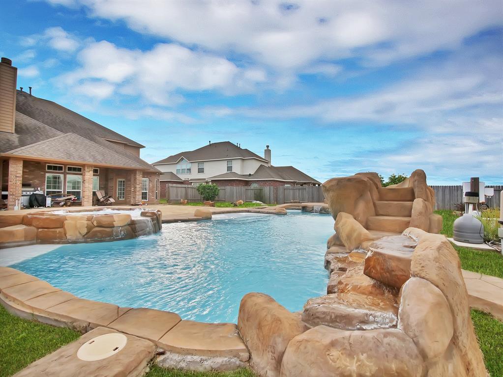 20310 Sedona Oaks Drive, Cypress, TX 77433 - Cypress, TX real estate listing