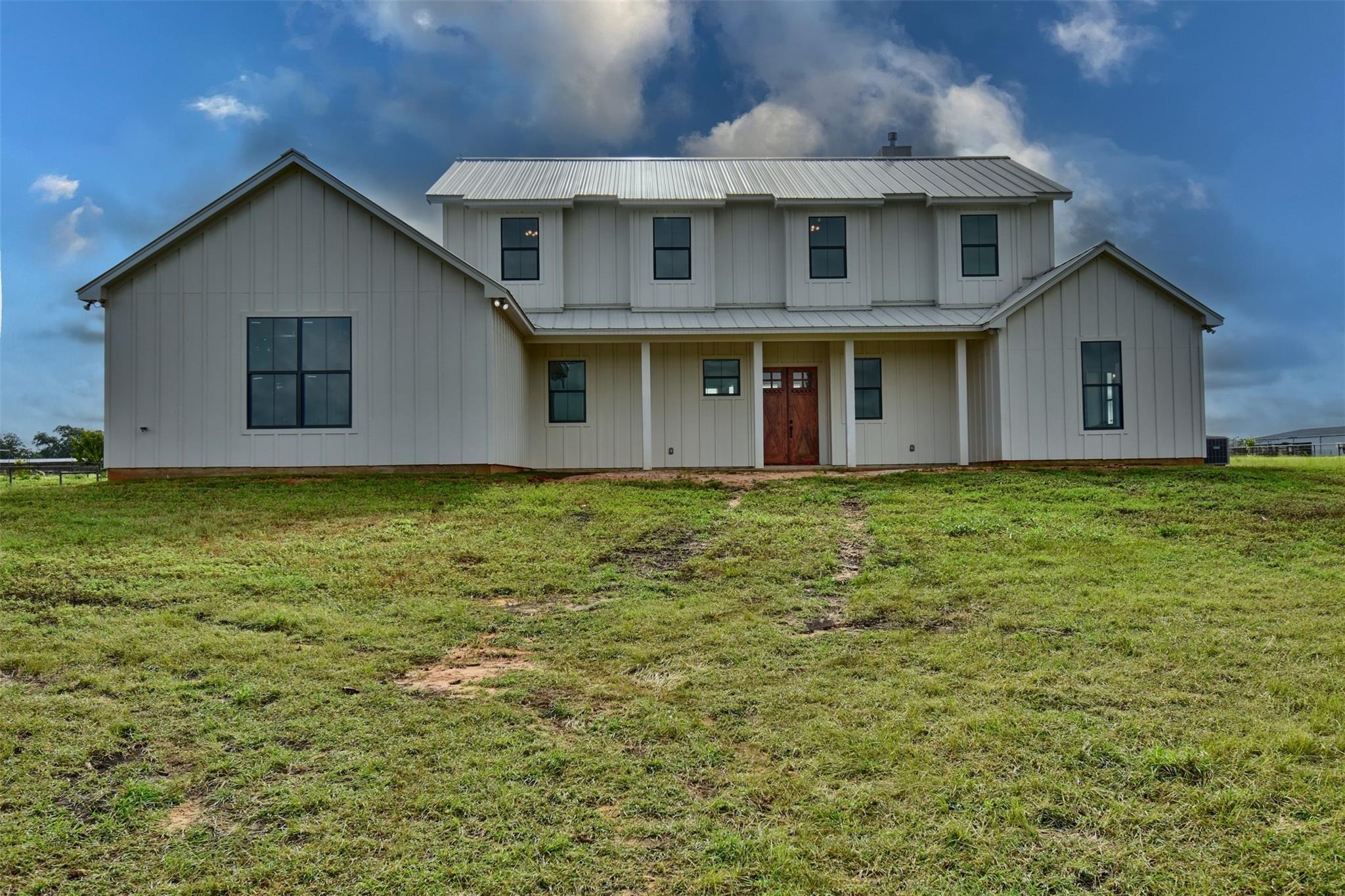 751 Pulawski School Lane Property Photo 1