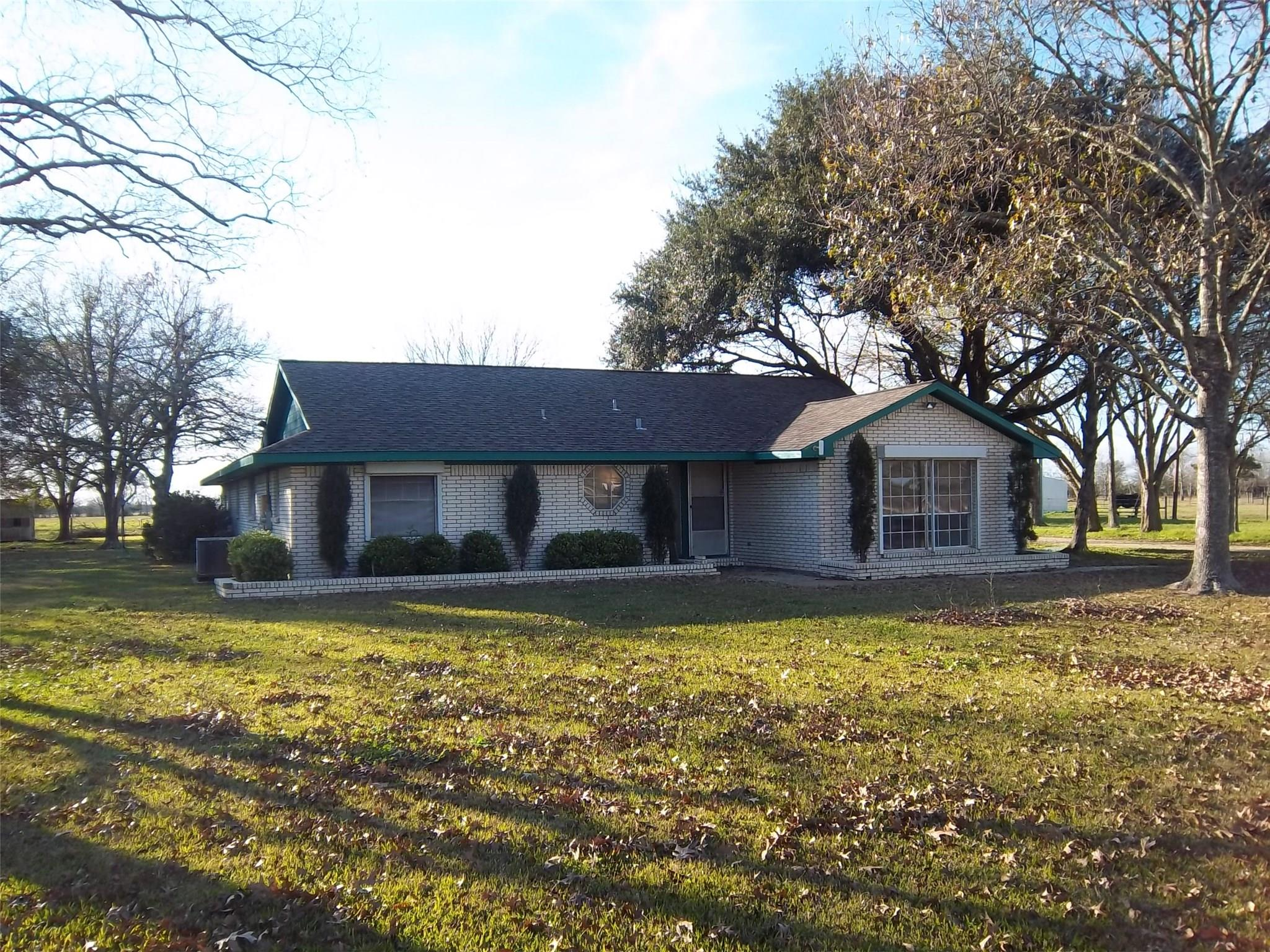 378 County Road 612 Property Photo - Dayton, TX real estate listing