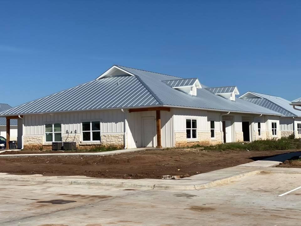1219 W Heaton Street Property Photo - Cuero, TX real estate listing