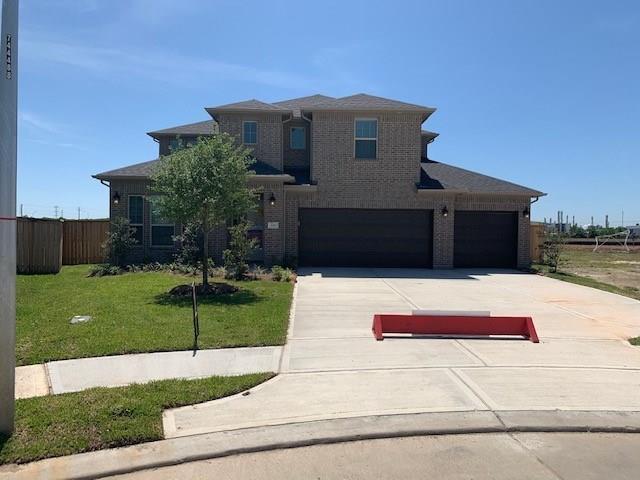 300 Tracy Bay Lane Property Photo - La Porte, TX real estate listing