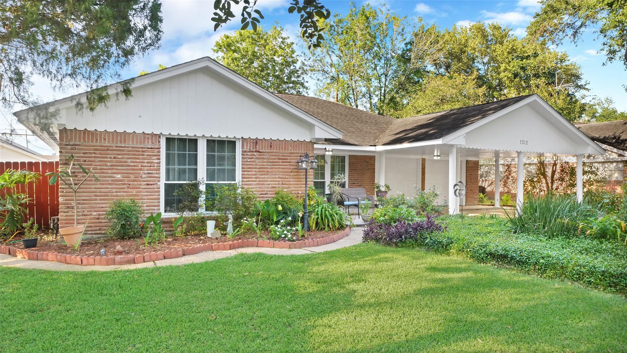 1312 Lafayette Avenue Property Photo - Pasadena, TX real estate listing