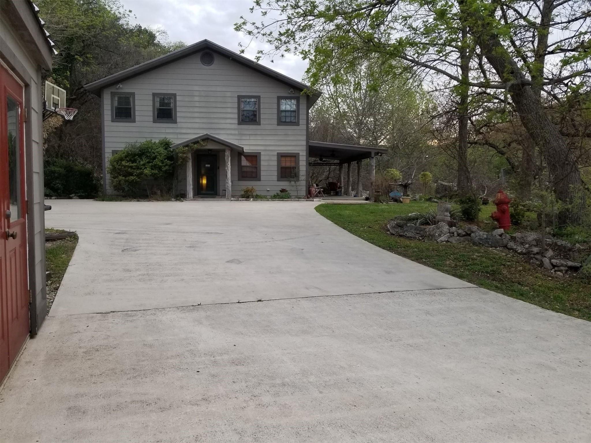 2229 Mesa Verde Road Property Photo - Medina, TX real estate listing