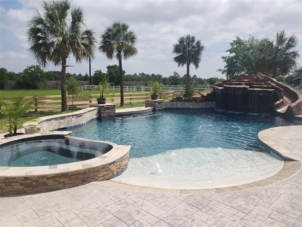 19930 Stone Lake Drive, Tomball, TX 77377 - Tomball, TX real estate listing