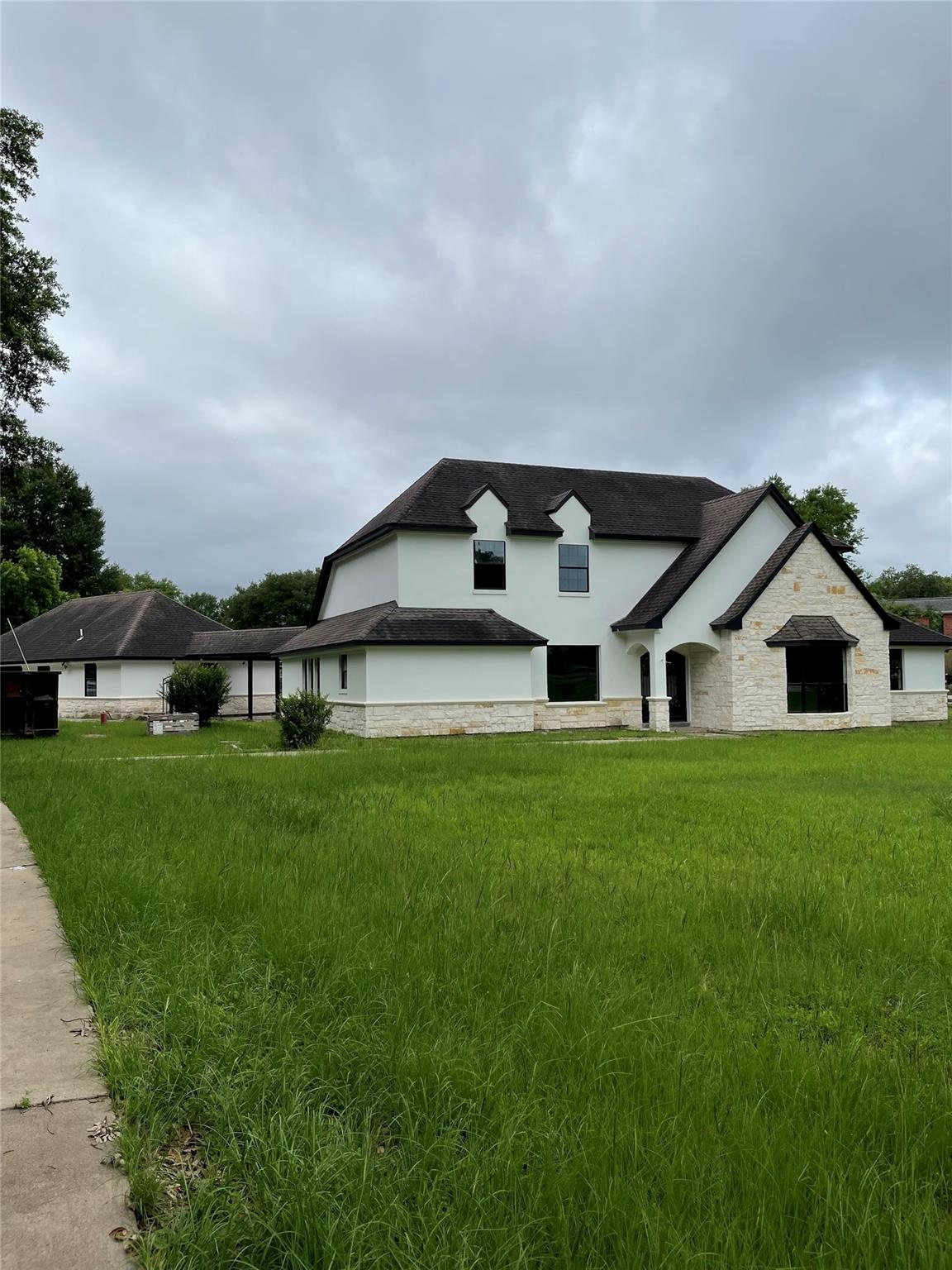 17315 Swansbury Drive Property Photo
