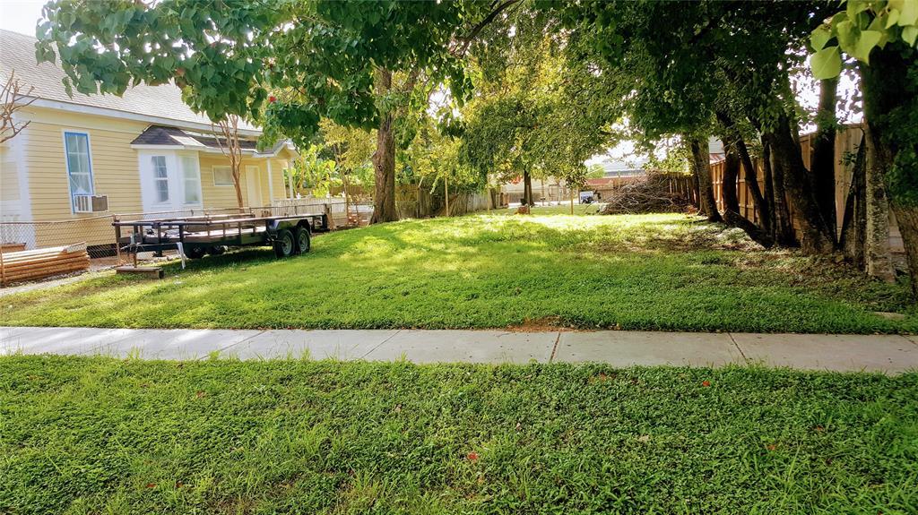 1913 Everett Street, Houston, TX 77009 - Houston, TX real estate listing