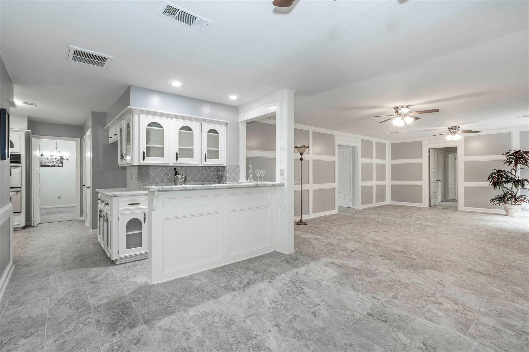 12703 Misty Valley Drive Property Photo - Houston, TX real estate listing