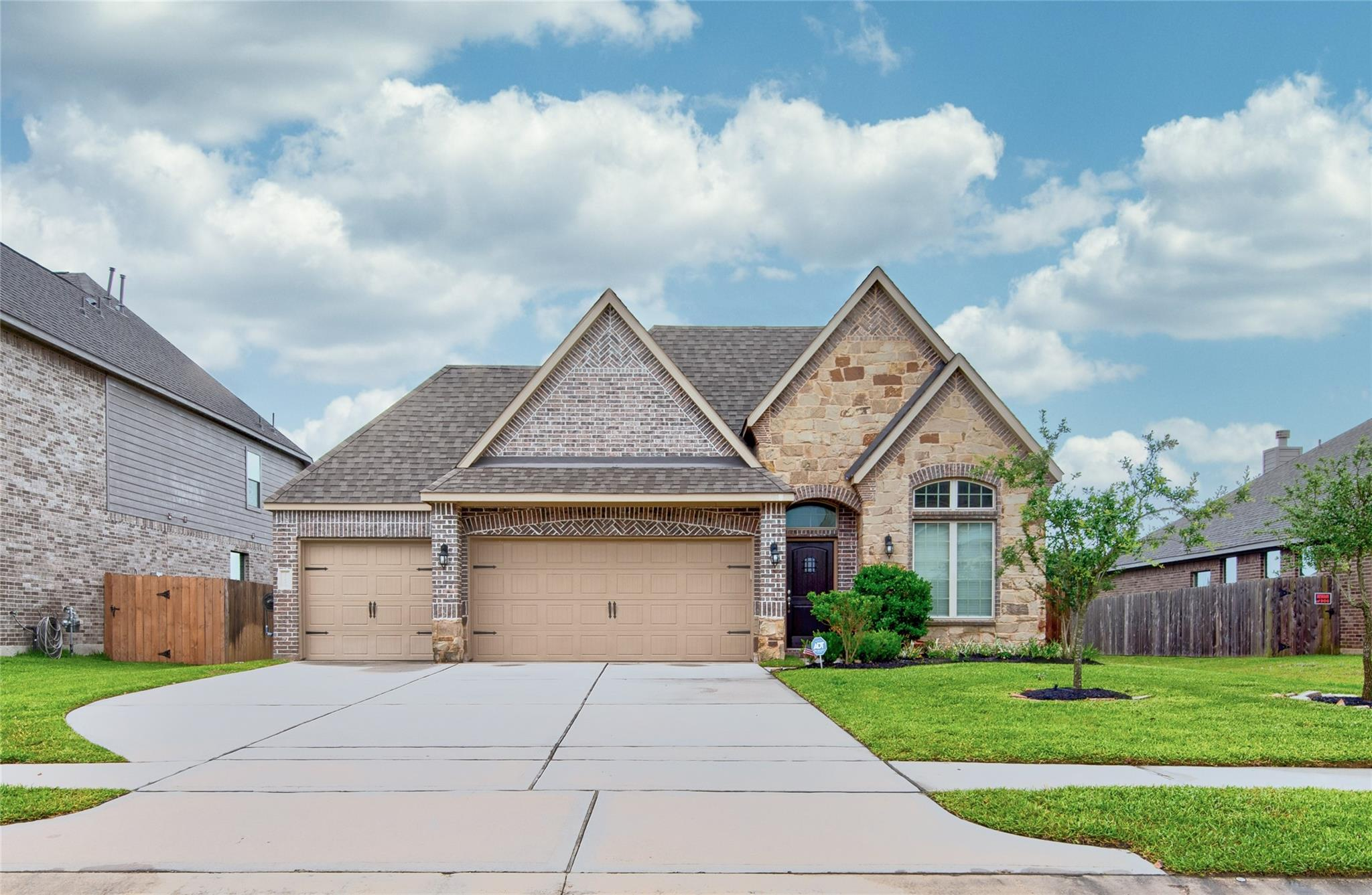 10611 Silver Shield Way Property Photo