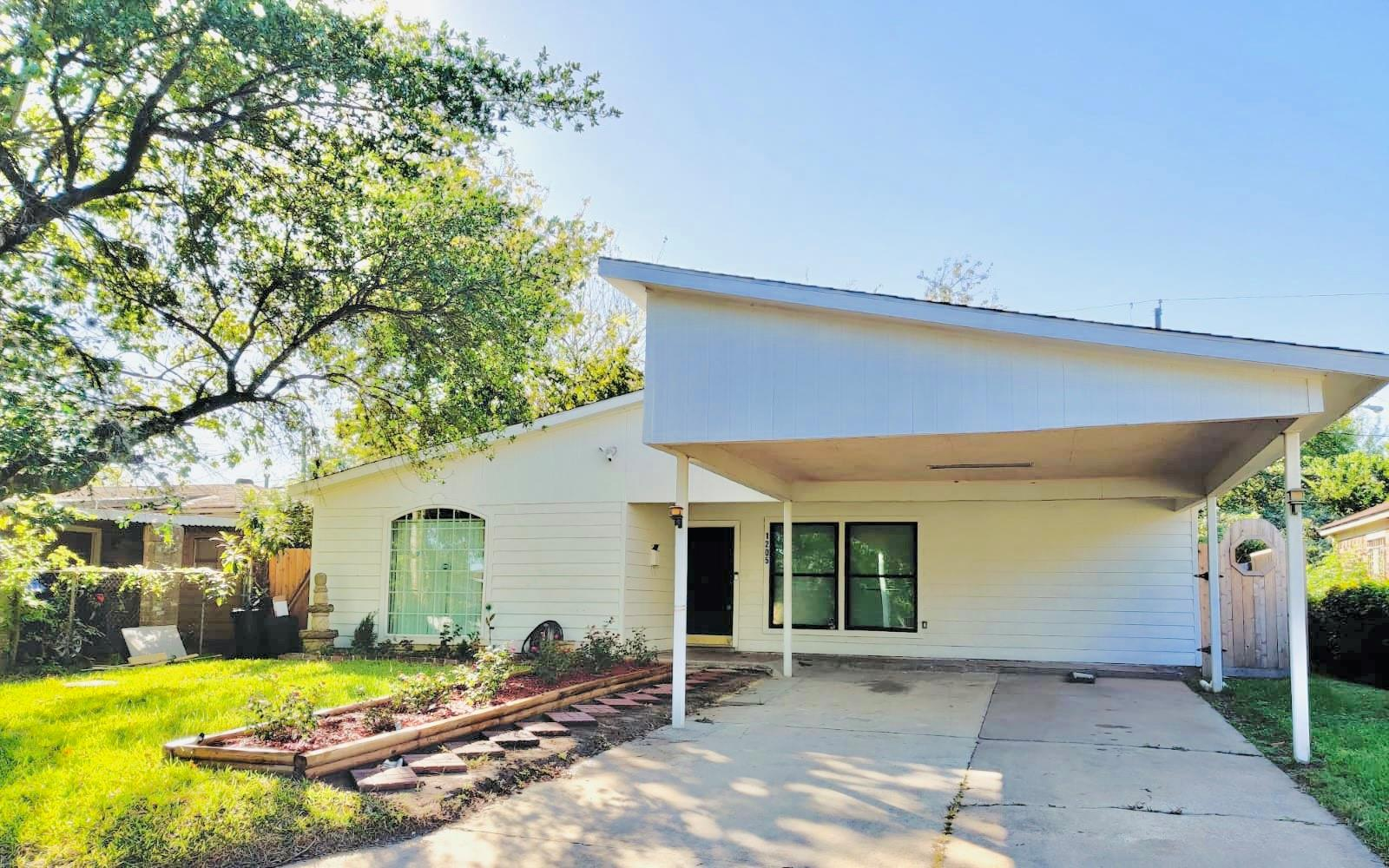 1205 Bank Drive Property Photo - Galena Park, TX real estate listing