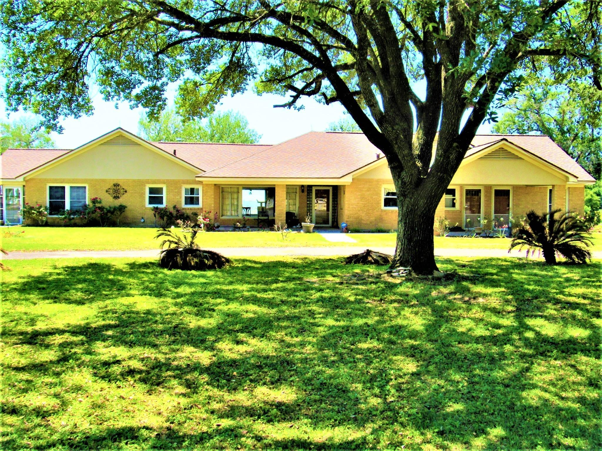 7944 Highway 71 Property Photo - Garwood, TX real estate listing