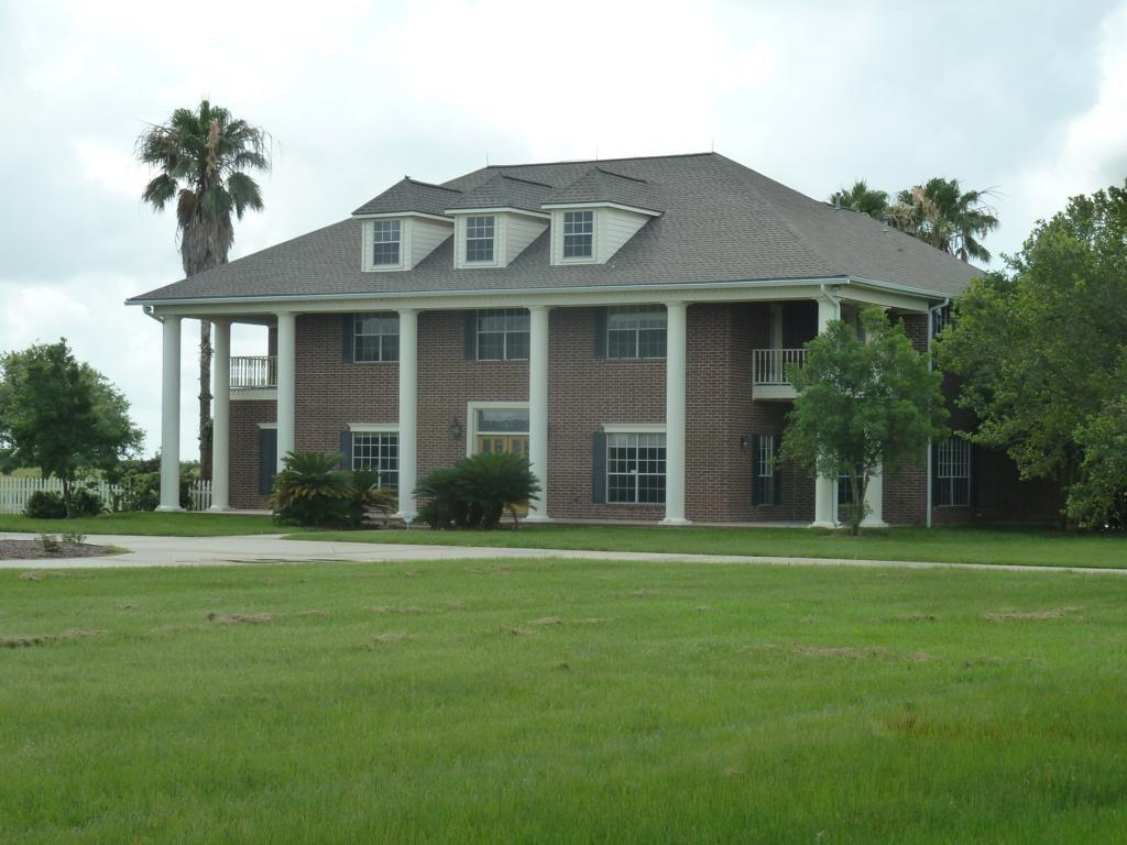 2976 County Road 218 Property Photo - Bay City, TX real estate listing