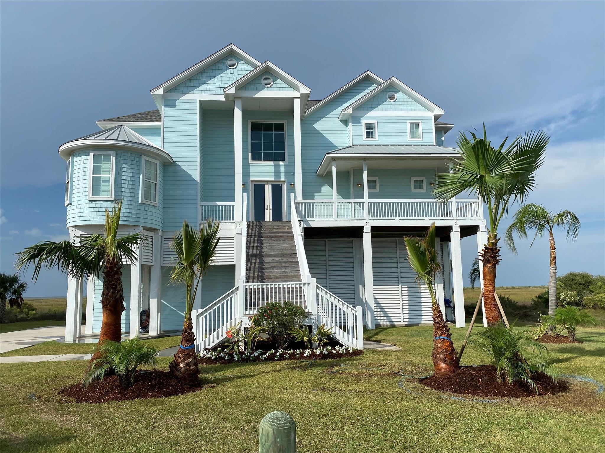 25711 Bay Breeze Drive Property Photo 1