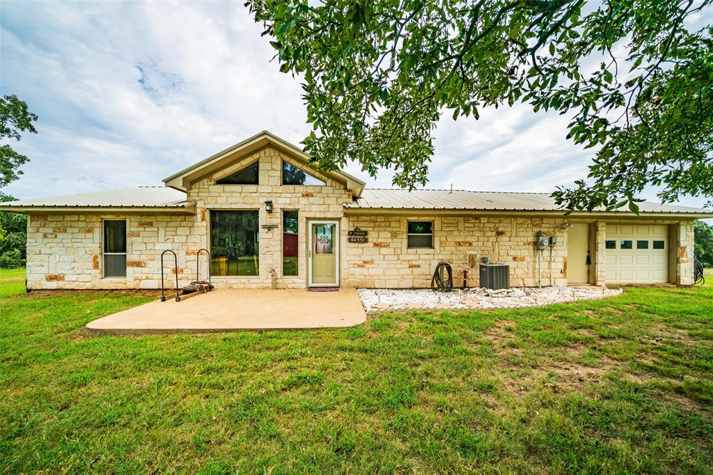 1100 Private Road 6079 Property Photo - Palestine, TX real estate listing