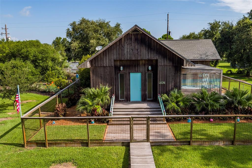 205 John O, Smith Point, TX 77514 - Smith Point, TX real estate listing