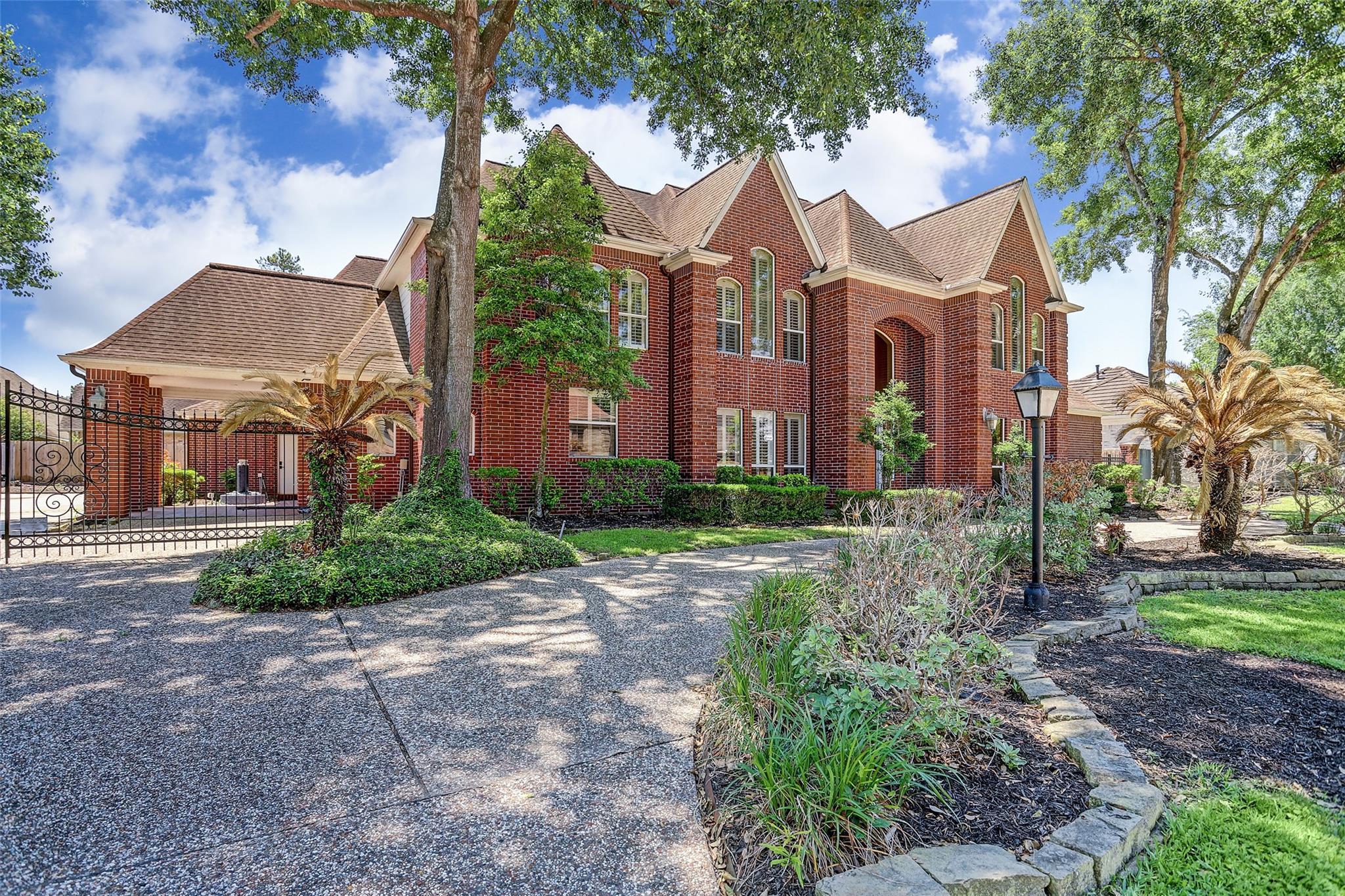 5123 Graystone Lane Property Photo