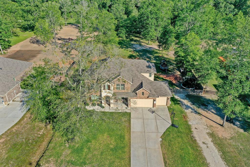 9179 White Tail Drive Property Photo - Conroe, TX real estate listing