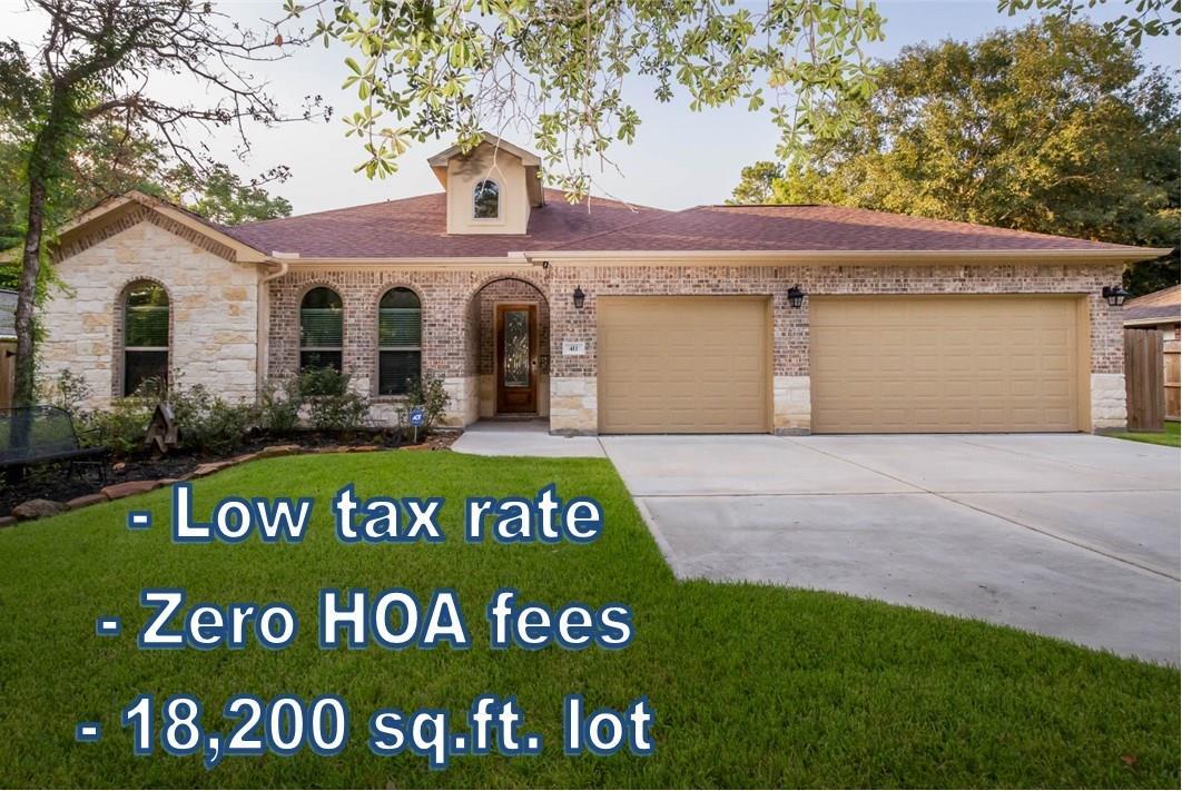 411 E Oak Hill Drive Property Photo - Oak Ridge North, TX real estate listing