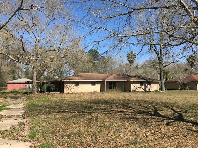 65 White Oak Drive Property Photo - Woodbranch, TX real estate listing