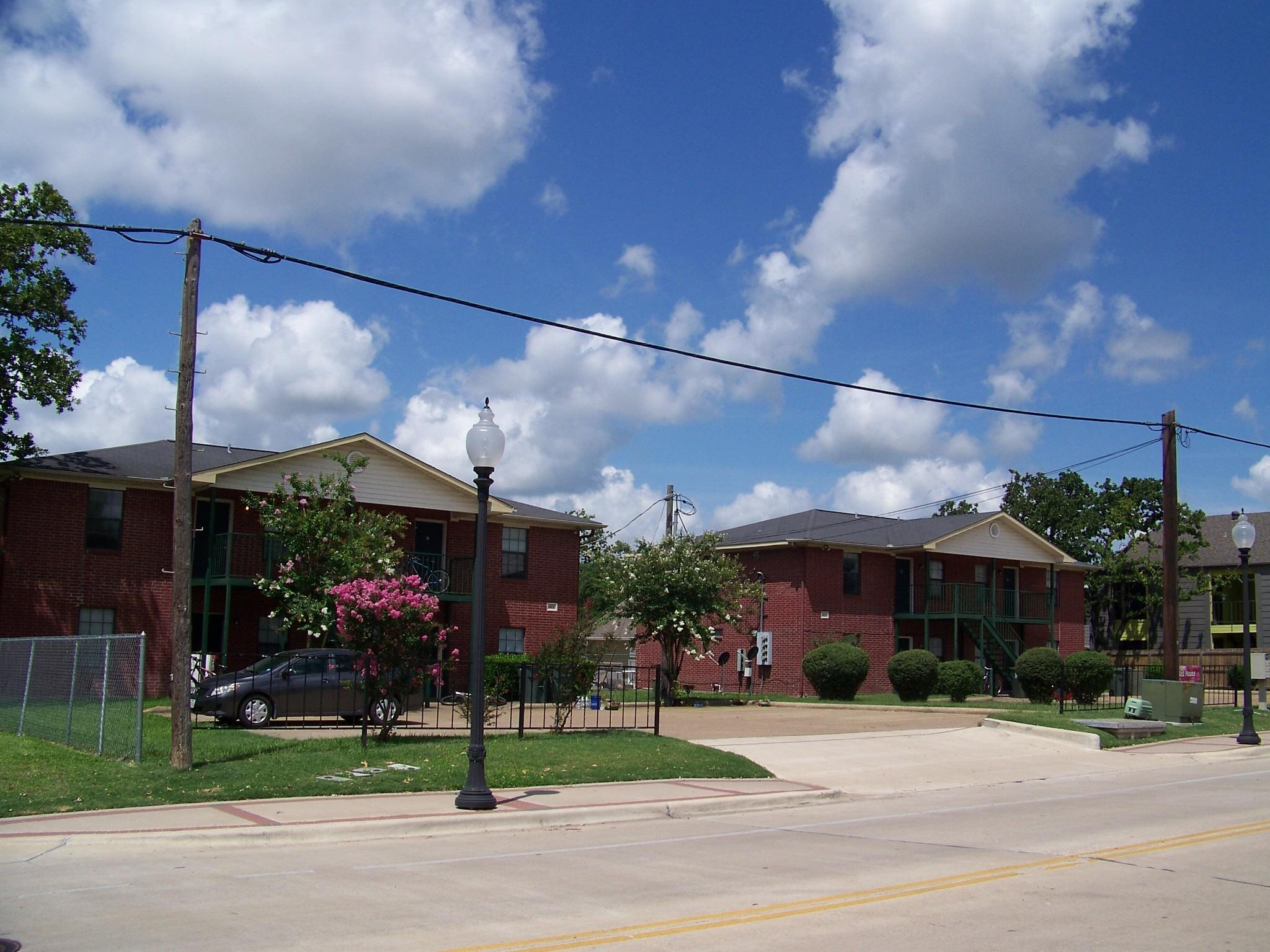 4100 College Main Street #abcd Property Photo