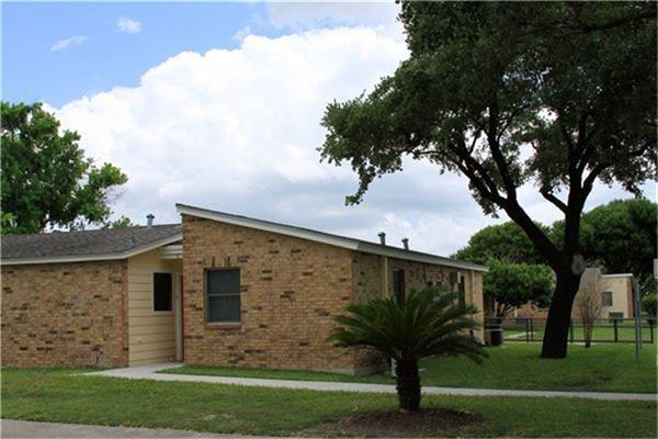 1220 N 17th Street, Kingsville, TX 78363 - Kingsville, TX real estate listing
