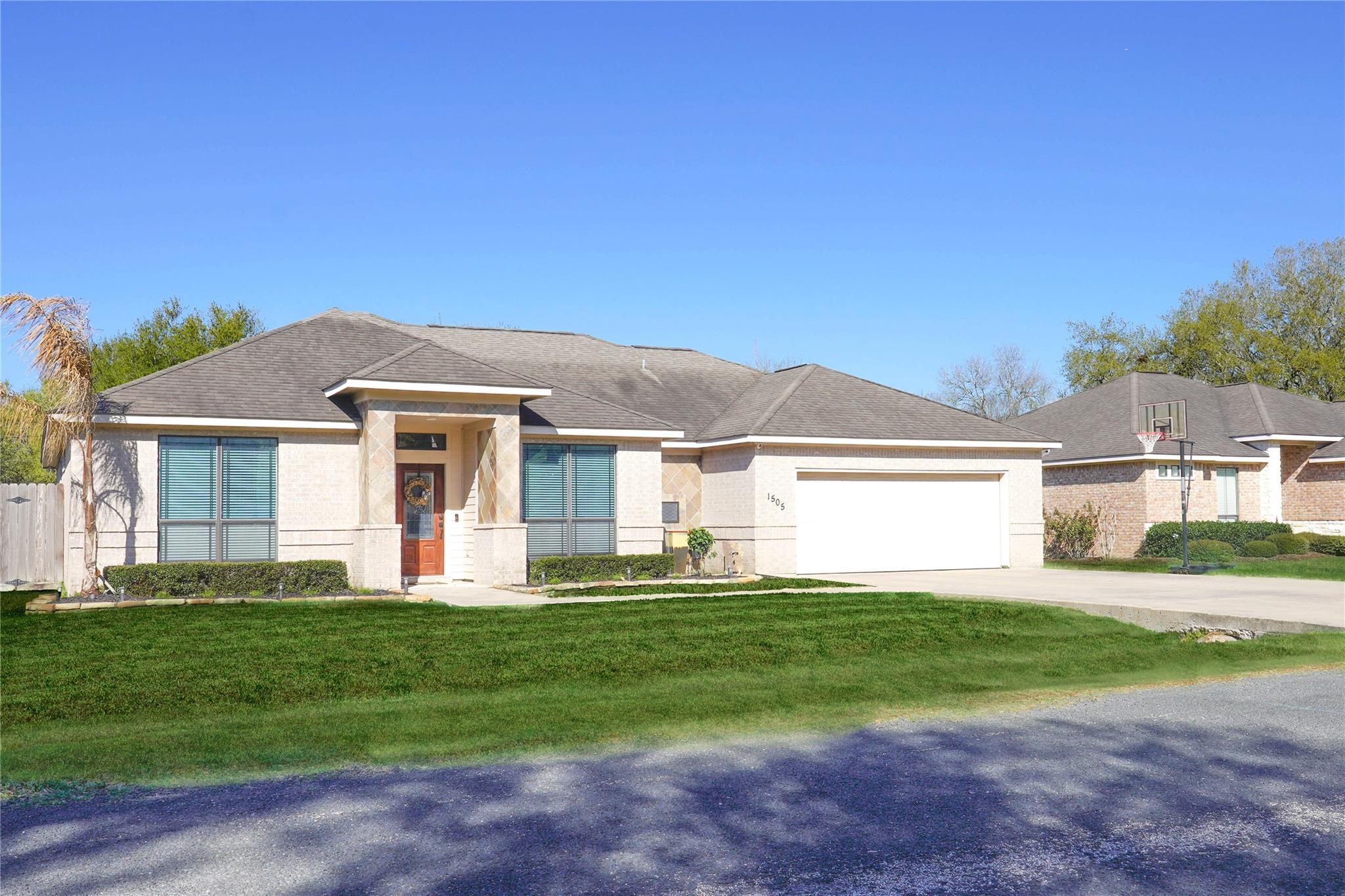 1505 Byrne Street Property Photo