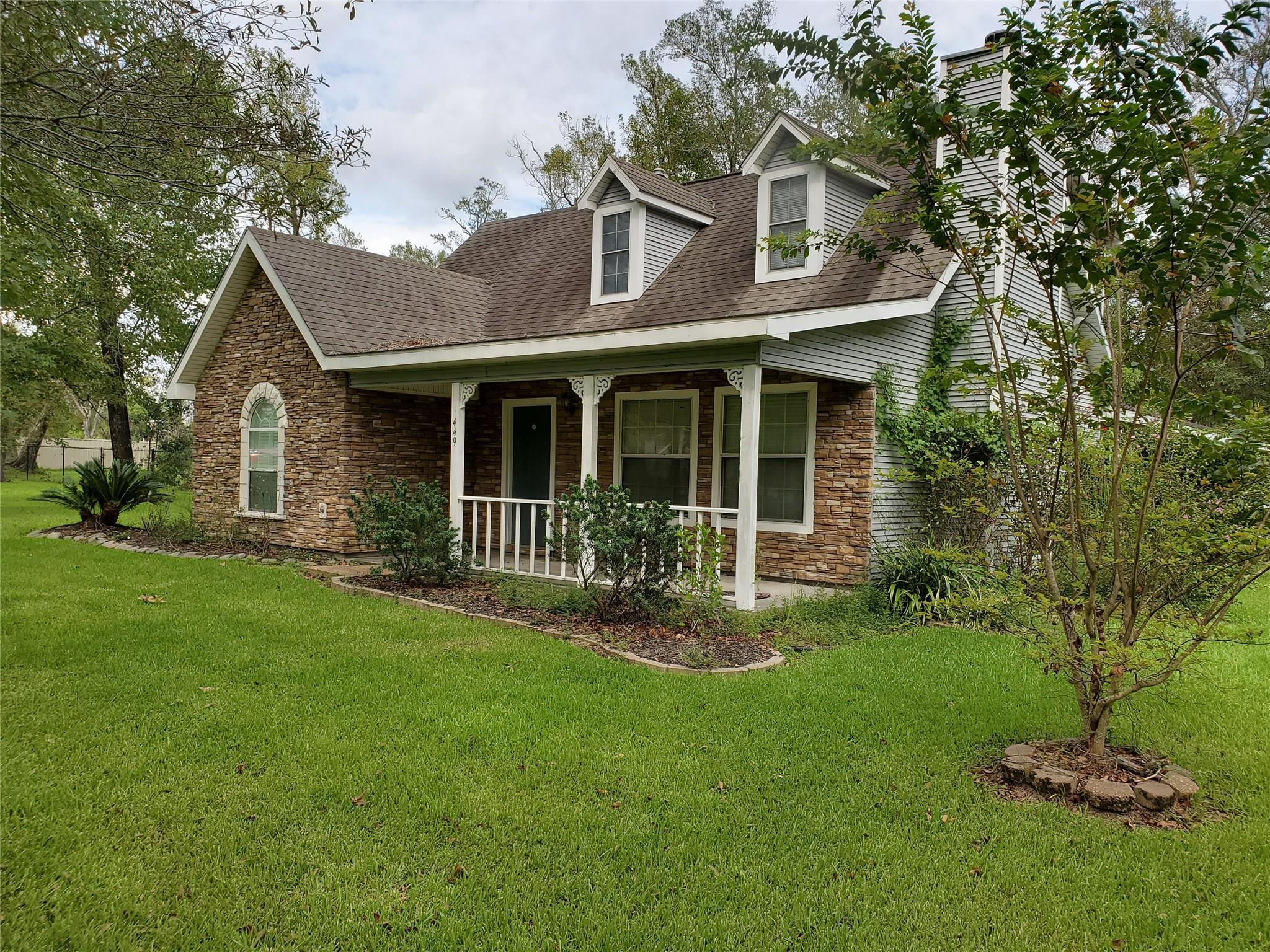 449 E Young Drive Property Photo - Bridge City, TX real estate listing