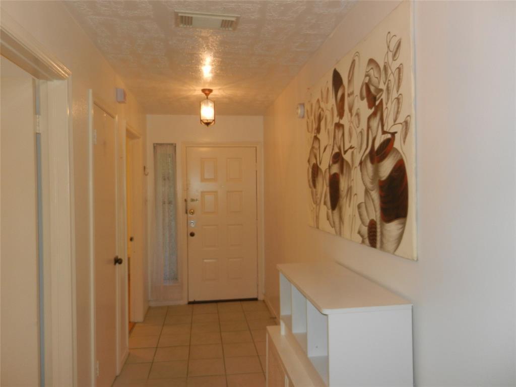 7507 Basil Lane Property Photo - Houston, TX real estate listing