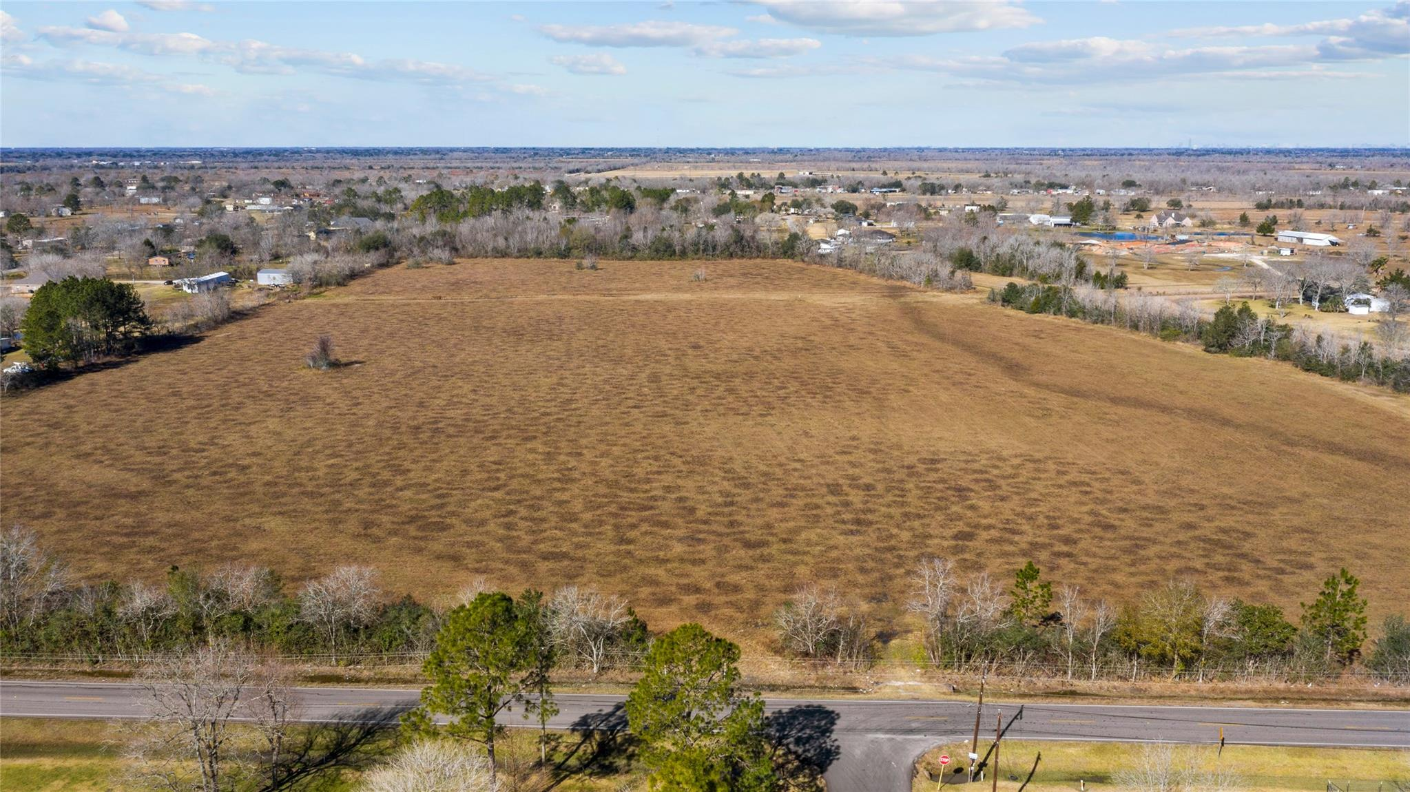 000 County Road 99 Property Photo - Alvin, TX real estate listing