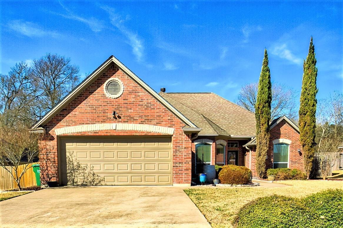 2909 Oakwood Drive Property Photo 1