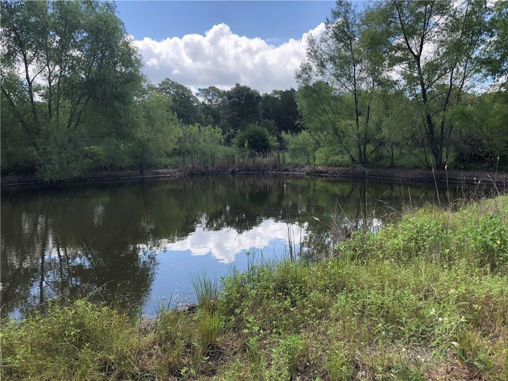 1081 Old Pin Oak Road Property Photo - Paige, TX real estate listing