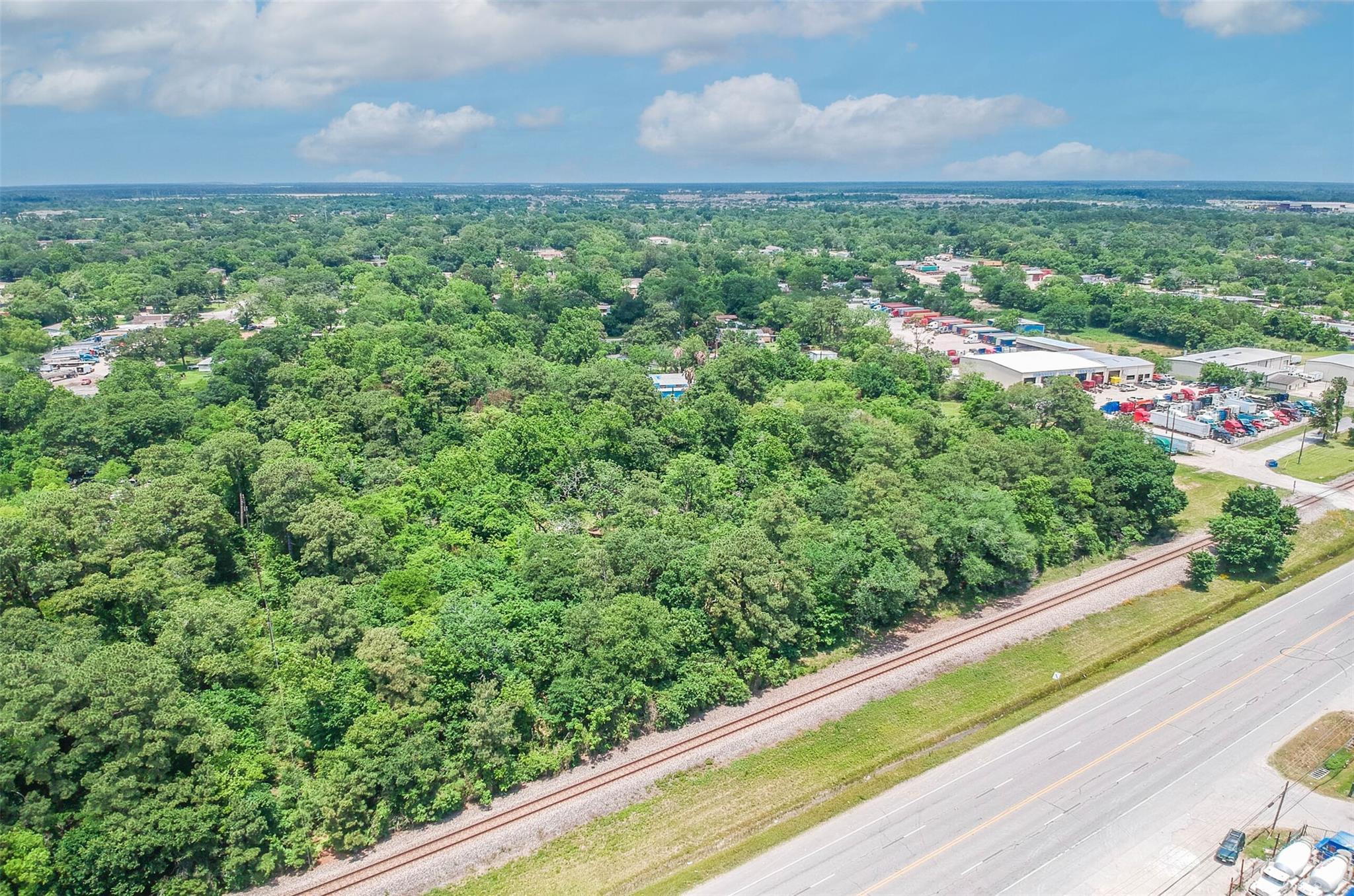 12719 Beaumont Highway Property Photo