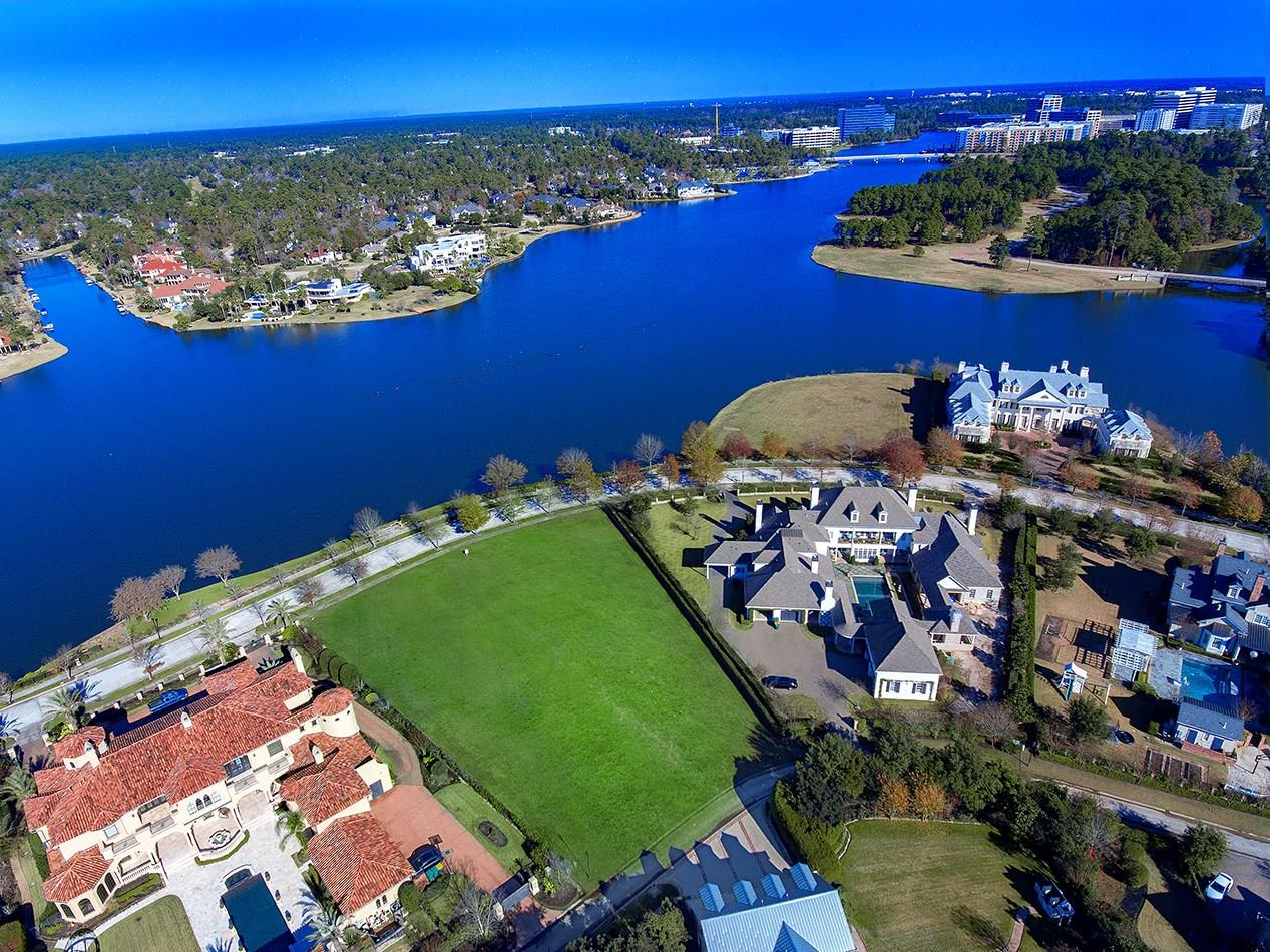 62 East Shore Drive Property Photo - The Woodlands, TX real estate listing