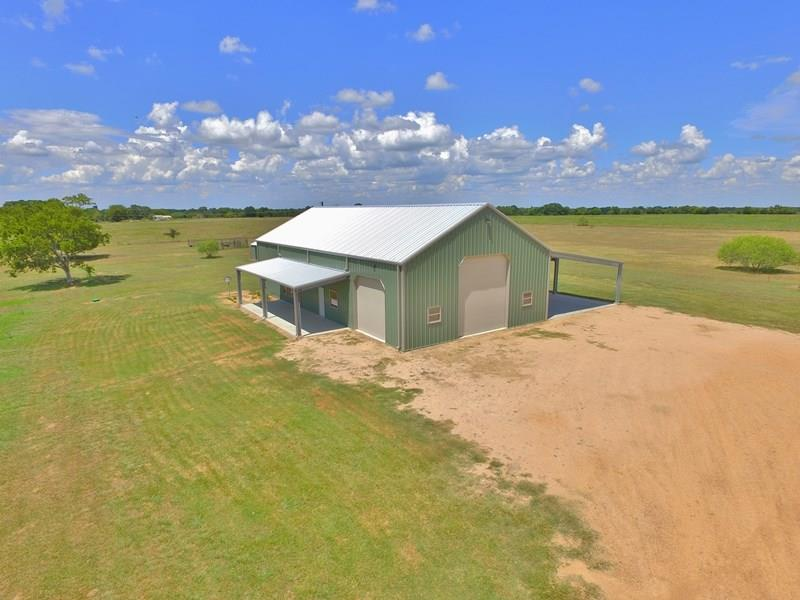 3460 Sedan Road Property Photo - Weimar, TX real estate listing