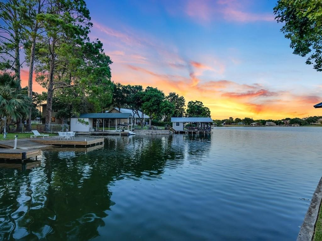 611 Cove Circle Property Photo - Granite Shoals, TX real estate listing