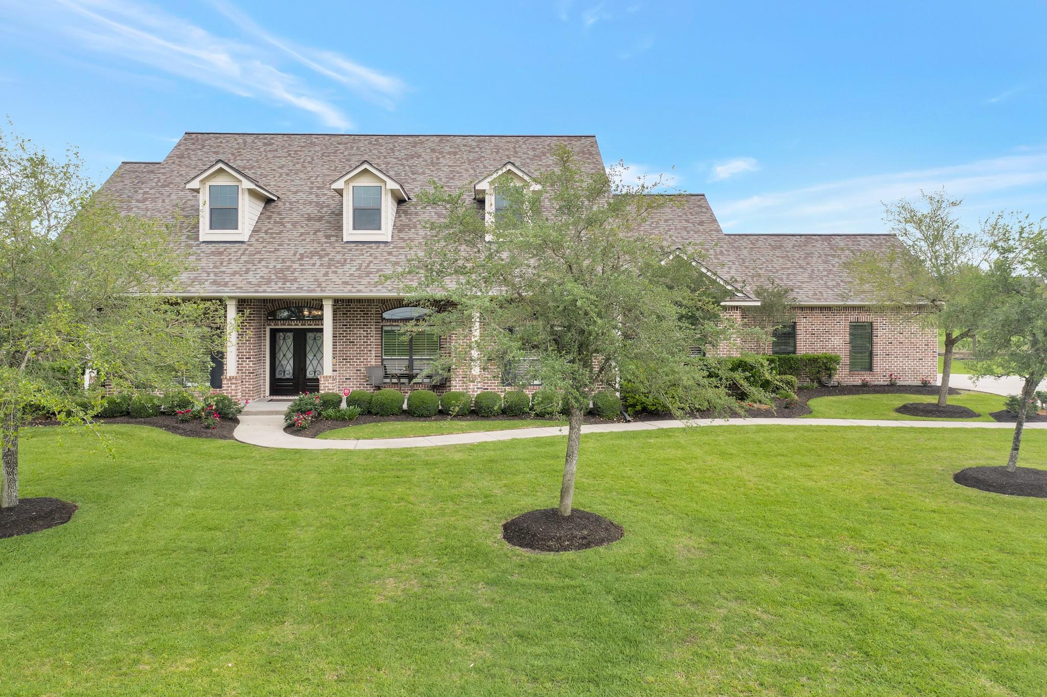 411 Pine View Property Photo - Dickinson, TX real estate listing