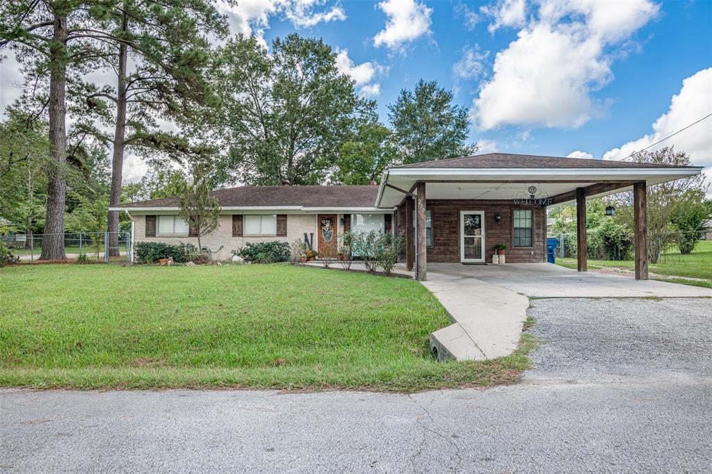 230 E Pecan Street Property Photo - Huntington, TX real estate listing
