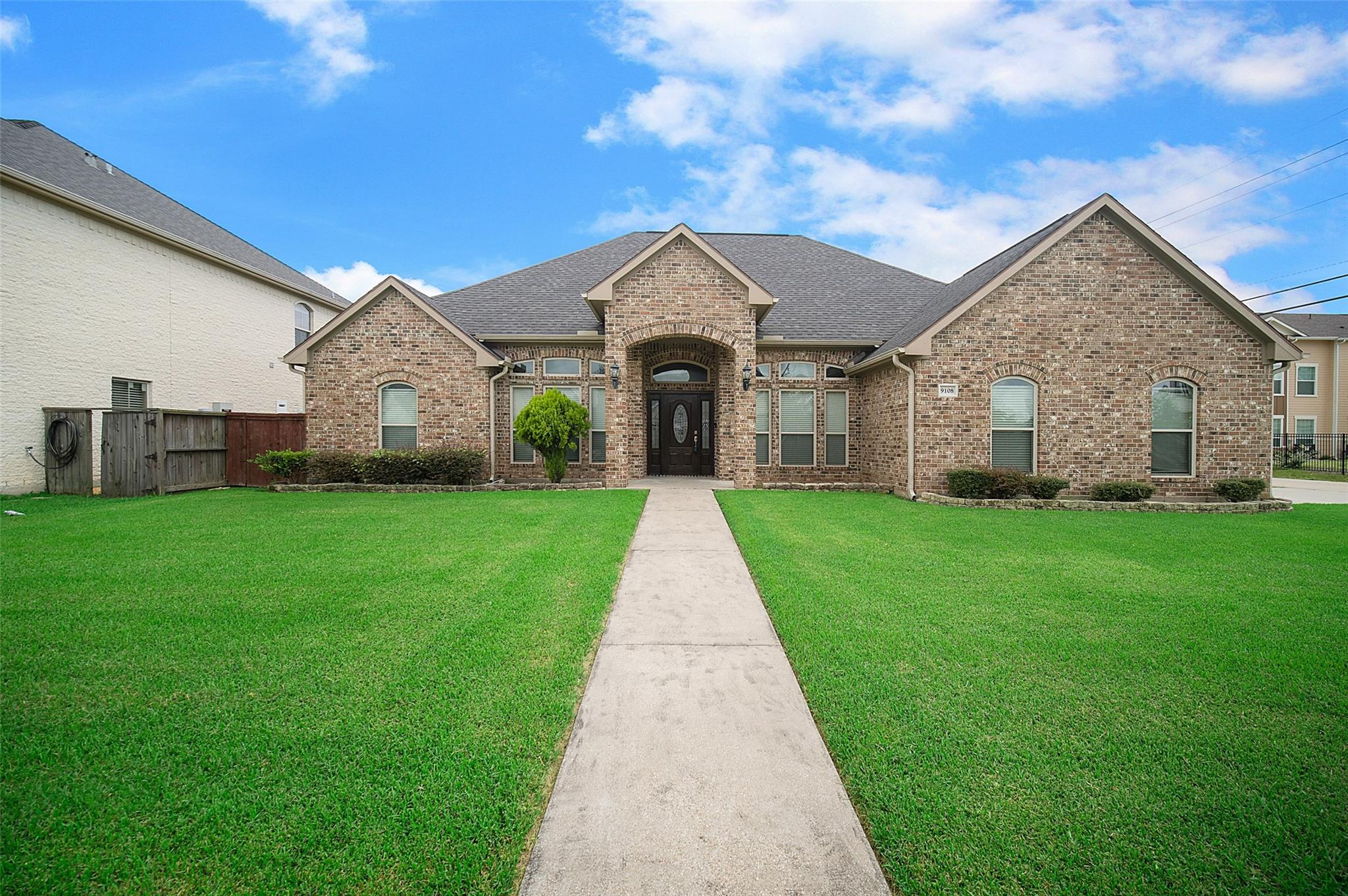 9108 Laura Lane Property Photo - Port Arthur, TX real estate listing