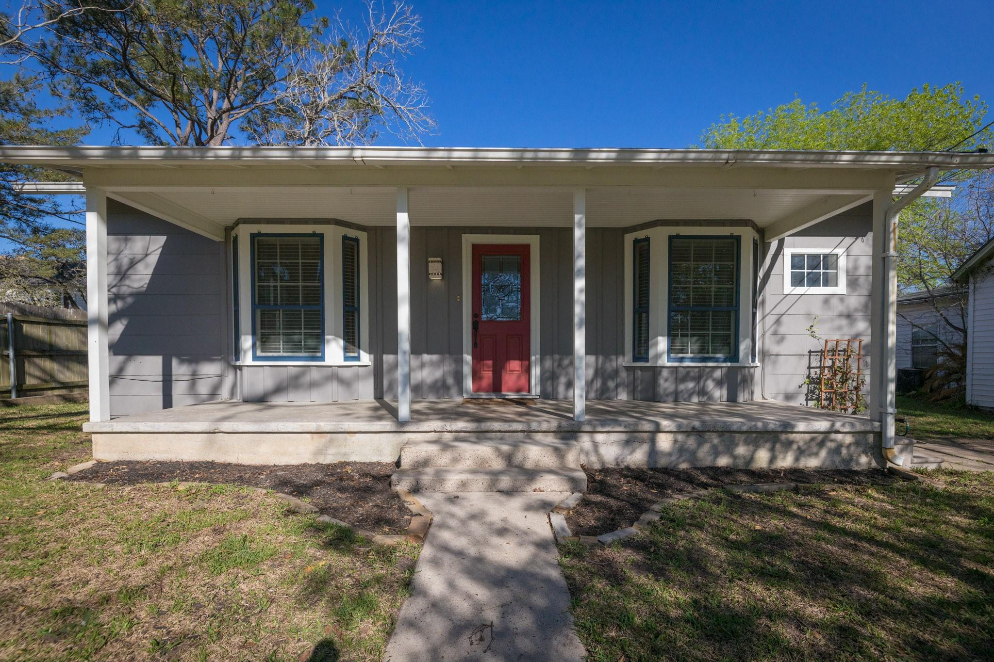106 Duke Street Property Photo