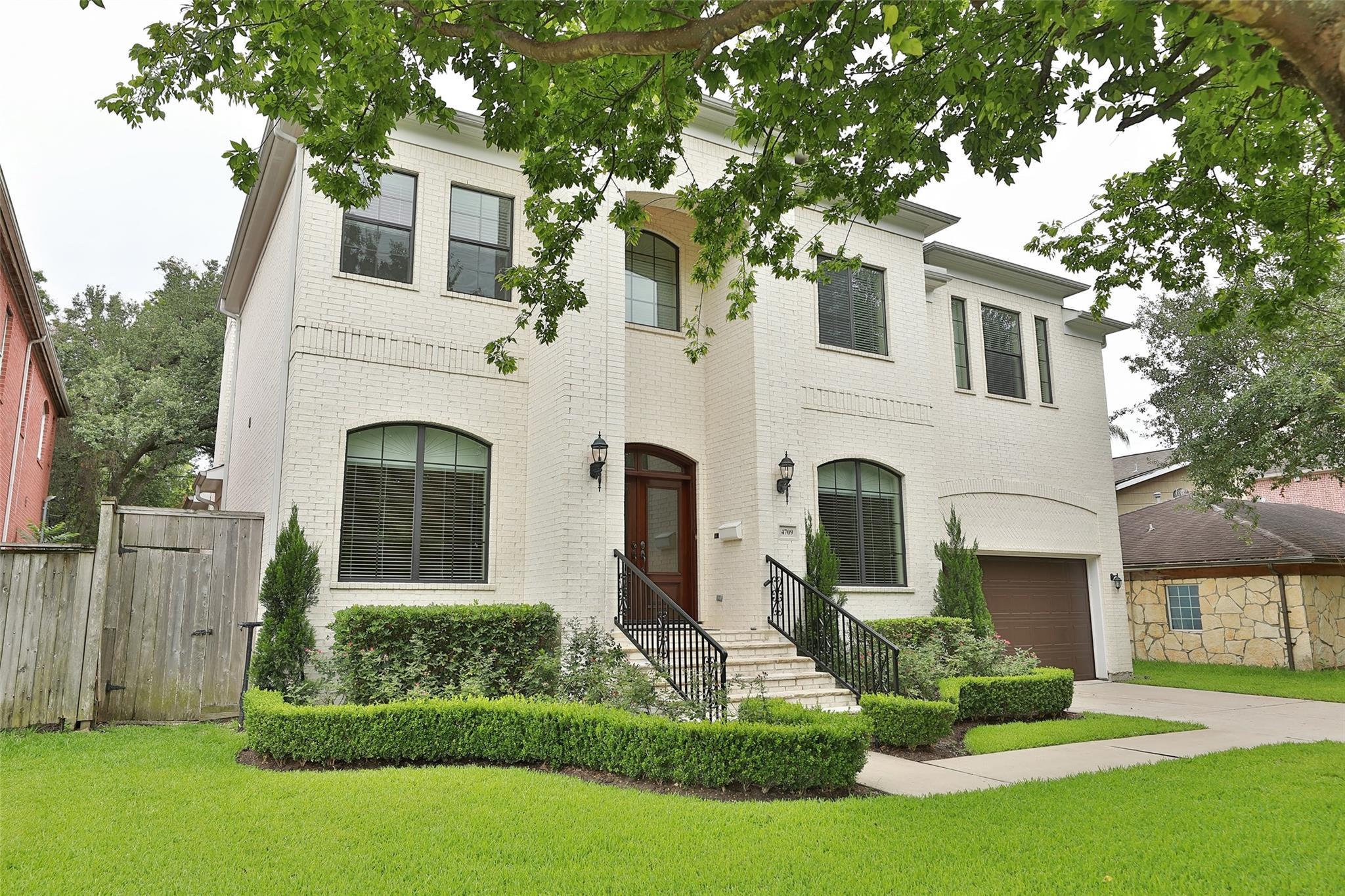 4709 Holt Street Property Photo