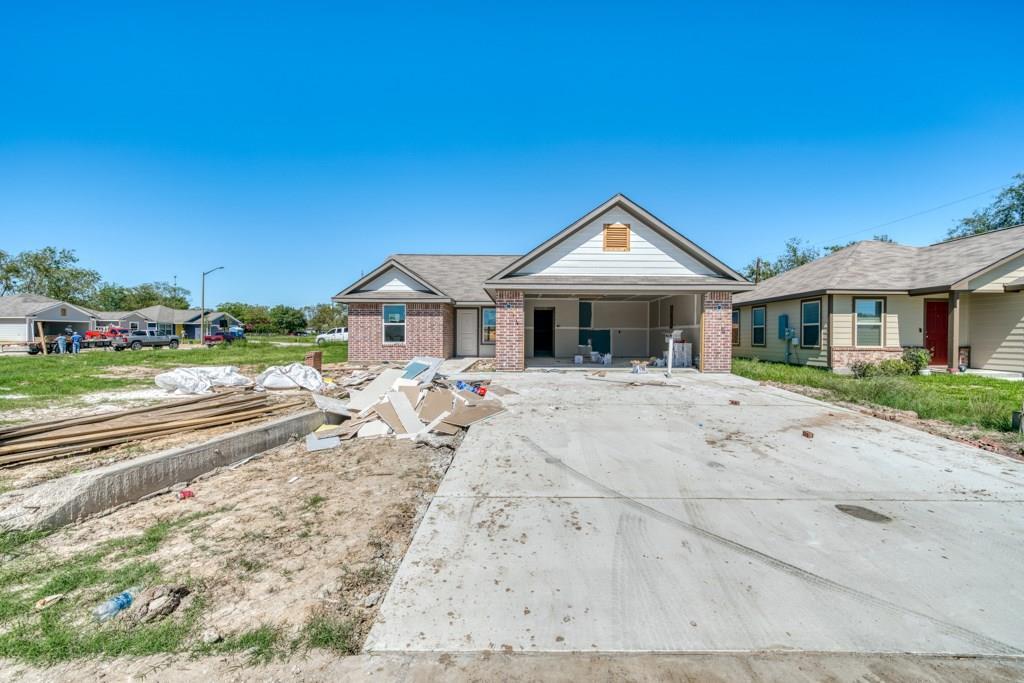 910 Northcrest Drive Property Photo - Bryan, TX real estate listing