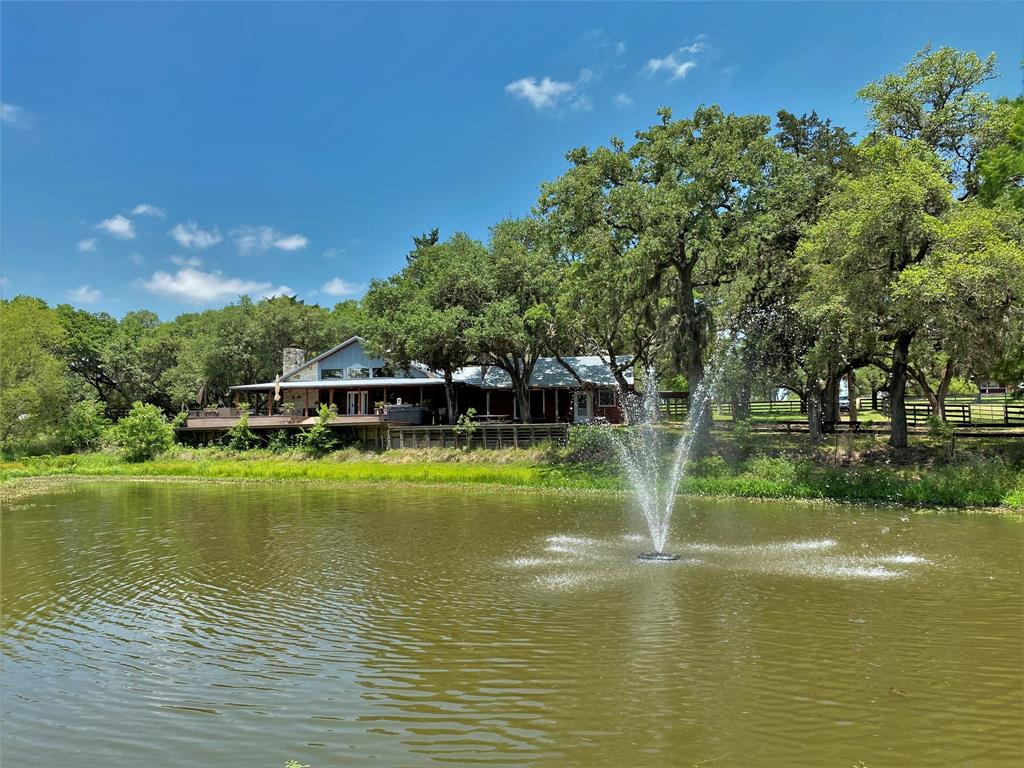 8416 Pechacek Road Property Photo - New Ulm, TX real estate listing