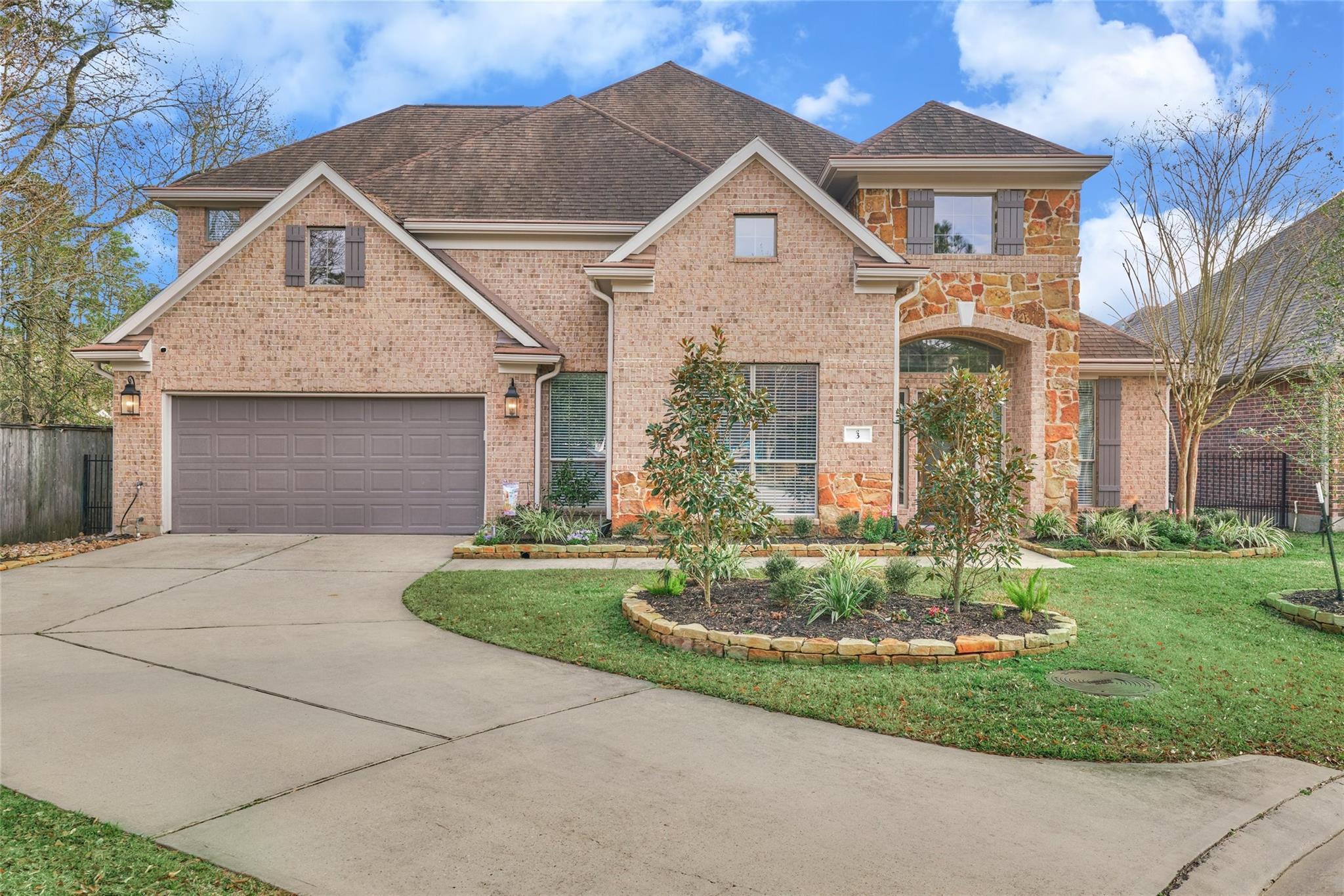 3 Avalon Oaks Place Property Photo